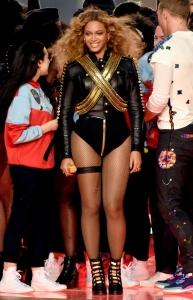 Super-Bowl-50-Beyonce